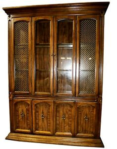 1970s Singer Furniture French Provincial Style Illuminated Oak China Cabinet