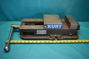 Used Kurt Precision Vise D675 no Jaws