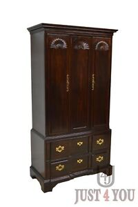 Henredon Mahogany Chippendale Chest Of Drawers Armoire Wardrobe
