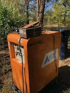 Airco Arc tig Welder 200amp Great Working Condition 21 5 x 48 x 33