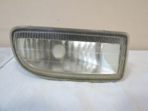 98 99 00 01 02 03 04 05 Toyota Land Cruiser Fog Light Lamp Right Passenger Oem