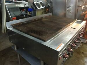 Wolf Range 48 W 8 Burner Commercial Gas Char Broiler Grill Counter Top