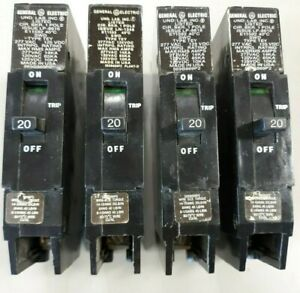 Four Ge General Electric Tey120 Circuit Breakers 1 Pole 20 Amp M 1068 E11592 Tey
