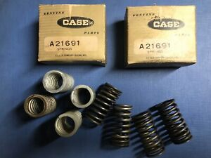 Vintage Case Tractor A21691 Valve Springs In Original Boxes New used