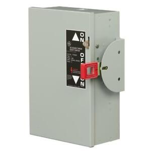 Ge Safety Switch 30 Amp 240 volt Non fused Double throw Lockable Cover 3 Pole