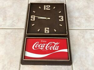 Vintage Coca Cola Clock - Game room  bar sign  collectible  decor - 18