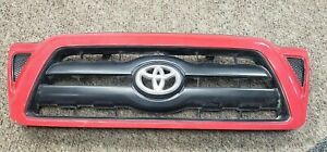 05 11 Toyota Tacoma Front Bumper Center Grill Grille Oem used