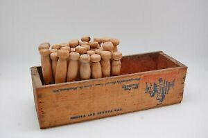 Laundry Room Decor Vintage Wood Cheese Box 32 Peg Clothes Pins Windsor Club Wi