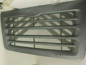 Freightliner sterling Main Grille A17 13617 model 8501 9511 And Various More