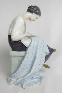 Antique Heubach Germany Porcelain Lady Sewing Cutting Fabric Seamstress Figurine