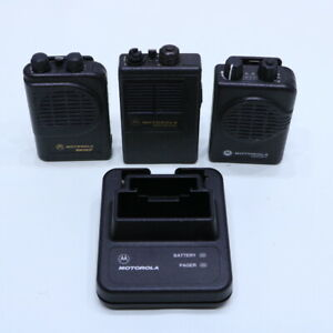Lot Of 3 Motorola Nln38222a Nln3821a Minitor Ii Sv Pager Charger
