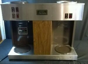Bunn Vps 12 Cup Pouromatic Commercial Coffee Maker 3 Warmers 2 Pots