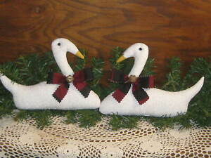 Country Christmas Decor 2 Swans Bowl Fillers Wreath Making Accents Buffalo Plaid