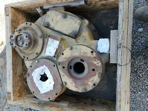 Cat Auxiliary Gearbox For Scraper P n 5d5862 Good Condition