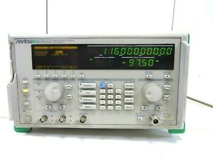 Anritsu Mg3641a Synthesized Signal Generator 125 Khz 1040 Mhz Free Shipping