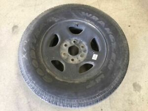 03 Yukon 1500 16x6 1 2 Steel Spare Wheel W Goodyear P235 75r16 Tire 19556