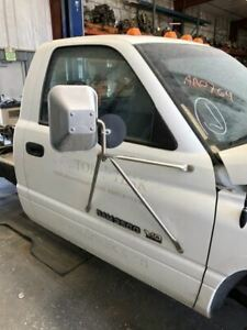 94 98 Dodge Ram 3500 Complete Rh Right Front White Manual Door Assembly