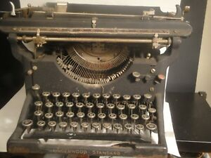 Antique Underwood Standard Portable Typewriter Heavy Iron