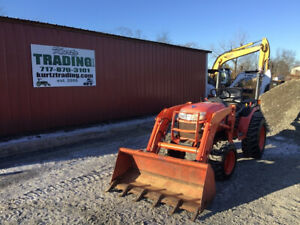 2013 Kubota B2620 4x4 Hydro Compact Tractor W Loader Only 300 Hours