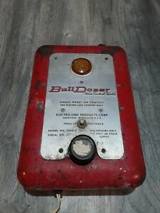 Vintage Electro line Bull Dozer Model 5400 c Electric Fence Charger Weed Control