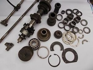 Ferrari 365 Gt 2 2 Used Original Lot Of Transmission Gears Shaft And More