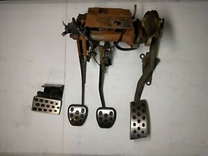 1994 1995 Ford Mustang Cobra Gas Clutch Brake And Dead Pedal Assembly