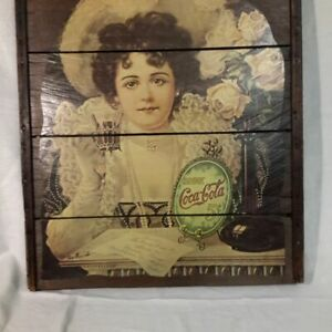 Collectible Raisin Rack Coca Cola Vintage Advertising Piece