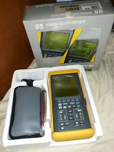 Fluke 95 Scopemeter 50mhz open Box And New Battery Never Used