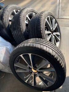 2011 2013 Volvo C70 17x7 5 Wheels With 235x45x17 Tires Set Of 4