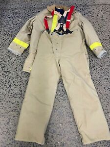 Janesville Firefighter Set Jacket And Pants With Suspenders Liner Sz 46 Jacket
