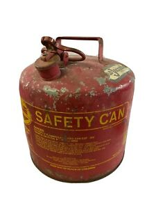 Vintage Red Gas Gasoline Can Eagle 5 Gallon Galvanized Metal Tank Ui 50 S Type I