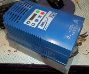 Lenze Smvector Esv552n04txb 5 50kw 7 5hp Inverter Variable Frequency Drive pp2