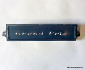 1967 Pontiac Grand Prix Dash Emblem For Non Air 67 Hard To Find