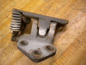 1981 Chevy Luv Isuzu Pup Diesel C223 Right Hand Top Door Hinge