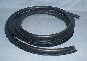Maserati Biturbo Trunk Weather Strip Boot Rubber Seal Coupe Spyder 222 425 new