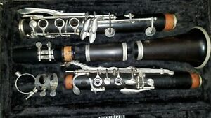Selmer Signet 100 Wood Clarinet with case - Good Condition