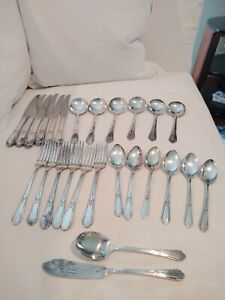 Wm Rogers Oneida Vintage Silver Plate Flatware For 6