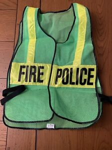 Safety Flag Company Fire Police Deluxe Day night Reflective Safety Vest Green