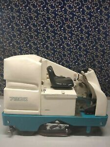 Tennant 7200 36 Ride On Floor Scrubber With New Batteries Free Shipping