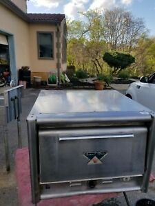 Bakers Pride Electric Pizza Oven