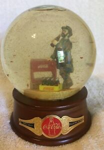 Coca Cola Emmett Kelly Musical Water Globe Figurine