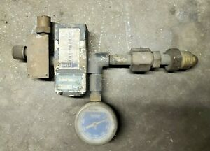 Linde Type R 500 8 Compressed Gas Regulator 3500 Psi Max