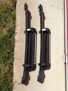 Roof Rack Cross Bar Kit For Toyota Matrix With Attached Ski Snowboard Carrier