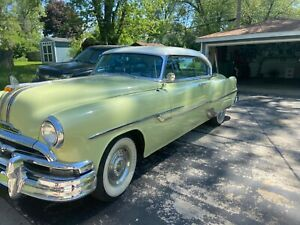 1953 Green Pontiac Chieftain