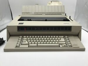 Ibm Wheelwriter 3 Electronic Typewriter Type 674x Untested For Parts Or Repair