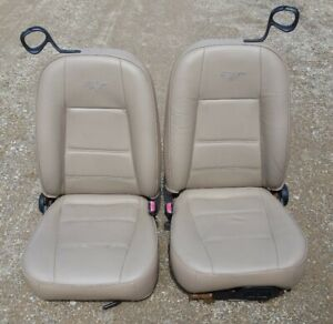 98 99 04 Ford Mustang Convertible Tan Leather Front Seats Console
