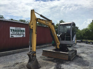 2004 Gehl 373 Hydraulic Mini Excavator W Cab Carriage Slope Tilt