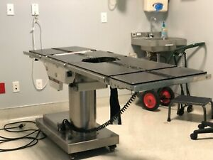 Skytron 6001 Elite Surgical Table great Condition