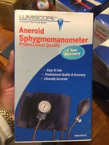 1 lumiscope Professional Aneroid Sphygmomanometer With Adult Cuff 100 001