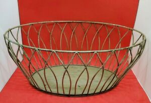 Primitive Black Metal Wire Oval Basket 15 X 11 X 6 Fruit Eggs Gathering